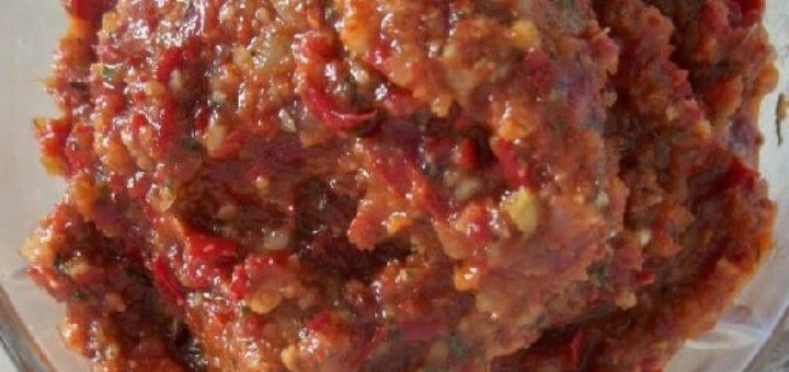 Аджика с грецкими орехами. Рецепт по-грузински