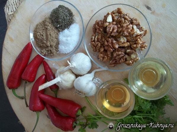 Аджика с грецкими орехами. Рецепт по-грузински (4)
