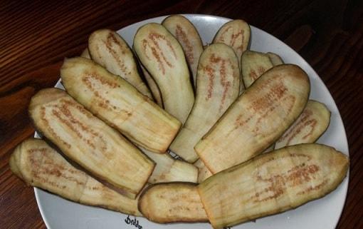 Баклажаны по-грузински с орехами и специями