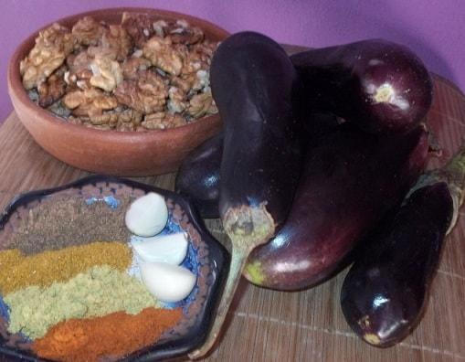 Баклажаны по-грузински с орехами и специями (4)