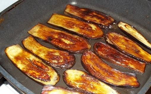 Баклажаны по-грузински с орехами и специями (8)