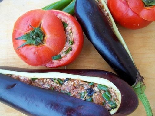 Фаршированные помидоры и баклажаны. Толма по-грузински (3)