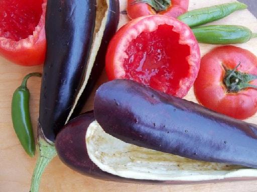 Фаршированные помидоры и баклажаны. Толма по-грузински (8)