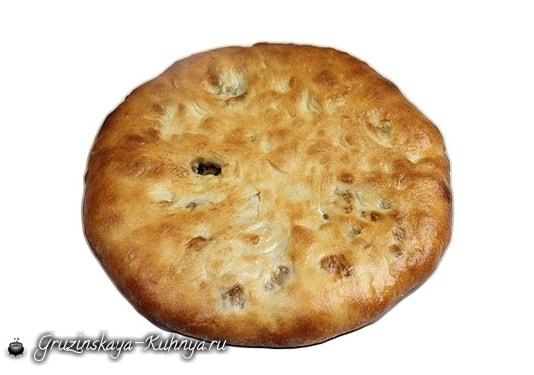 Кубдари - грузинский пирог с мясом