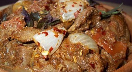 Куриная печень с красным вином и сванской солью