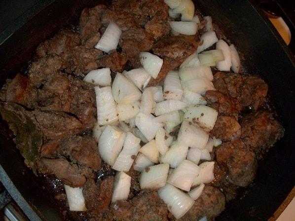 Куриная печень с красным вином и сванской солью (6)