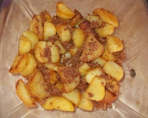Жареная картошка со сванской солью