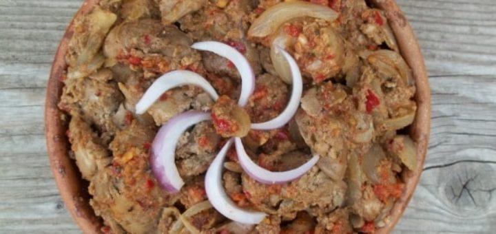 Куриная печень с аджикой по-грузински