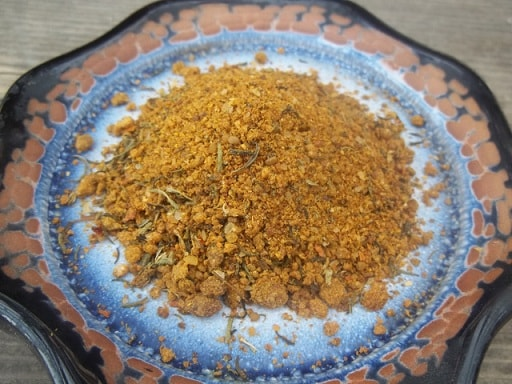 Куриная печень с красным луком и грузинскими специями (6)