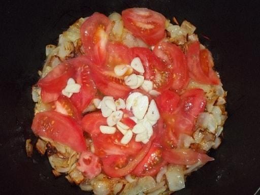 Баклажаны с зеленью и помидорами по-грузински (3)