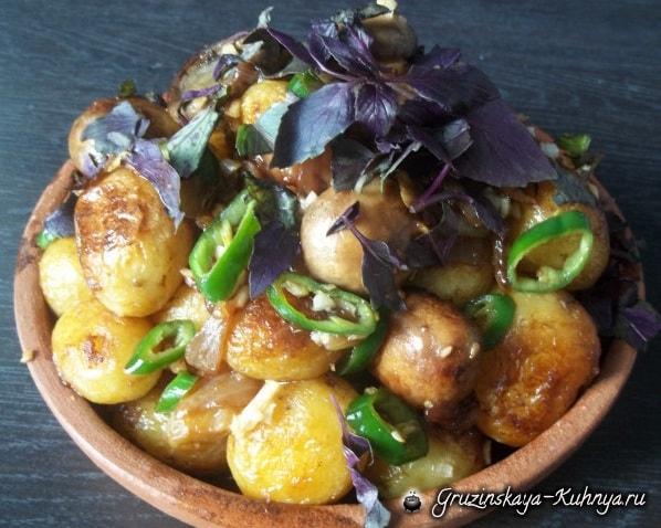 Чашушули из грибов и молодого картофеля (9)