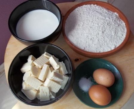 Чвиштари - рецепт кукурузных лепешек с сыром (7)