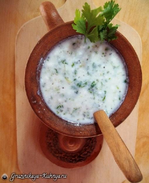 Холодный суп из мацони с зеленью (3)