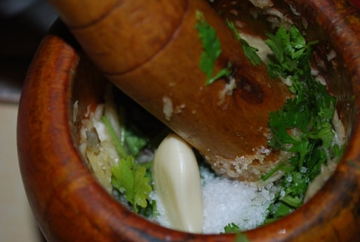 Холодный суп из мацони с зеленью (4)