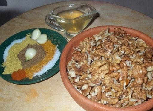 Куриные грудки в ореховом соусе баже (7)
