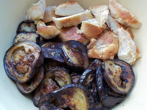 Курица с баклажанами и грузинскими специями (4)