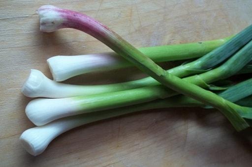 Курица с грибами и зеленым чесноком (7)