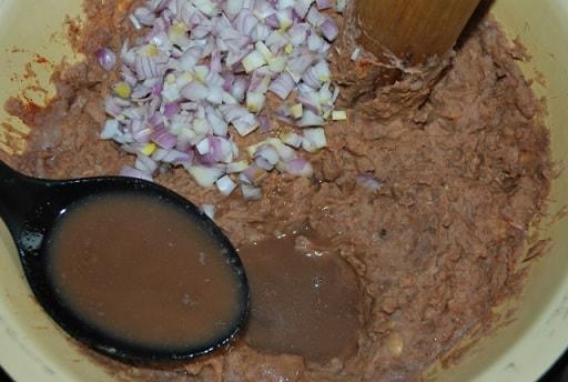 Лобио с грецкими орехами и аджикой (2)