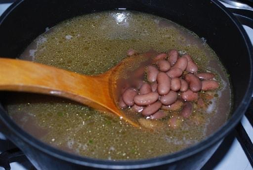 Лобио с маринованным стручковым перцем (4)