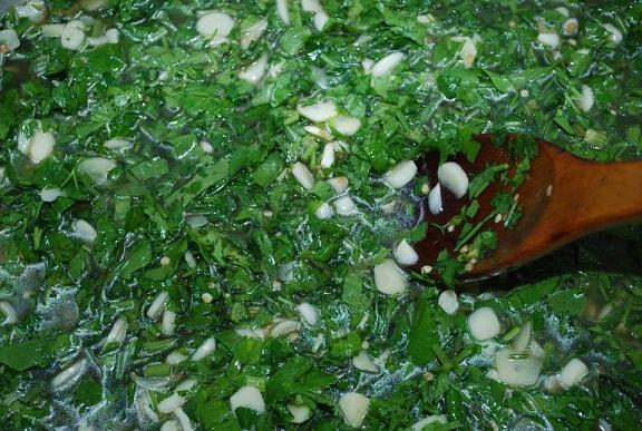 Маринованный по-грузински стручковый перец (12)