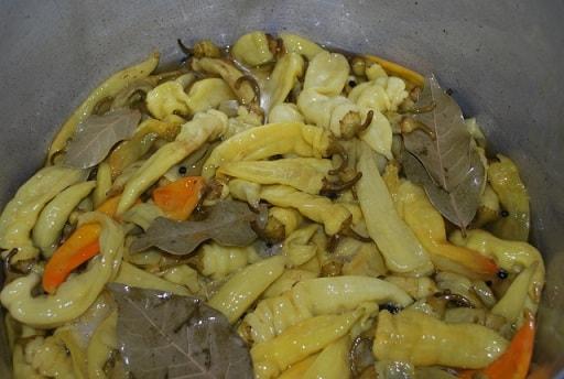 Маринованный стручковый перец. Пошаговый рецепт