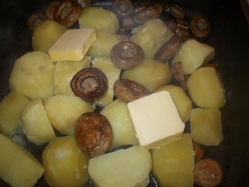 Оджахури из шампиньонов с сыром (4)