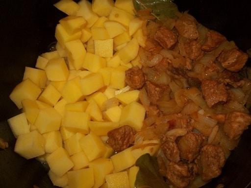 Соус со свининой по-грузински (3)