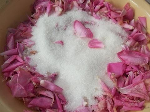 Варенье из лепестков роз. Пошаговый рецепт (3)