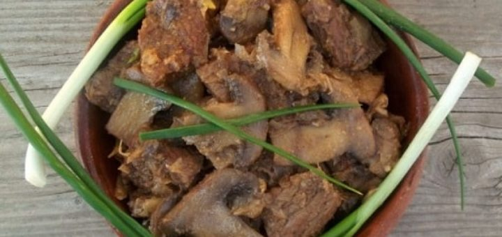 Чашушули из говядины с грибами