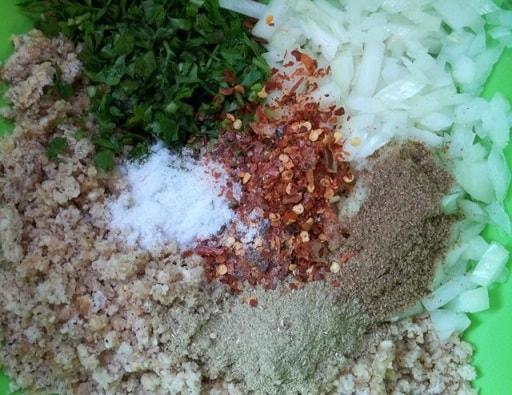 Грибной салат из вешенок с орехами и специями (7)