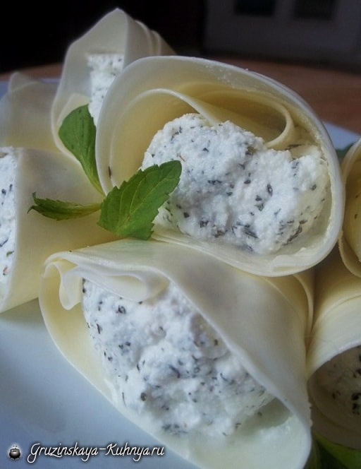 Надуги с мятой в сыре сулугуни. Пошаговый рецепт (5)