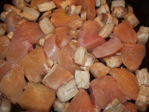 Оджахури из курицы и шампиньонов (3)