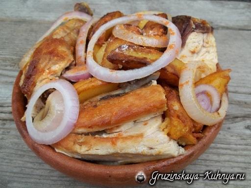 Оджахури из курицы с жареным картофелем (4)
