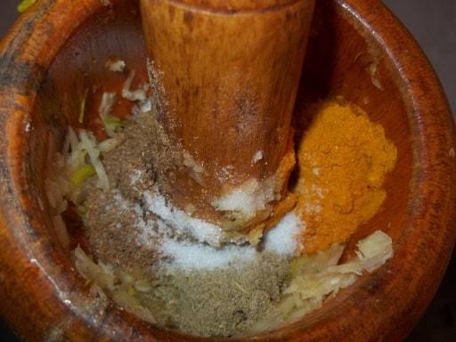 Шампиньоны с курицей в майонезе. Грузинский рецепт (6)