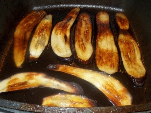 Жареные баклажаны с майонезом и зеленью (7)