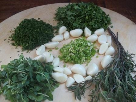 Зеленый ткемали. Рецепт кислого соуса из слив (6)