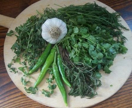 Зеленый ткемали. Рецепт кислого соуса из слив (9)