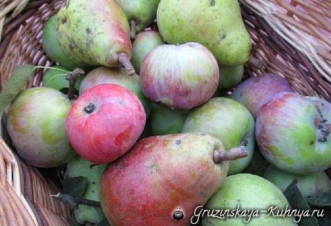 Джем из аронии с грушами и яблоками (2)