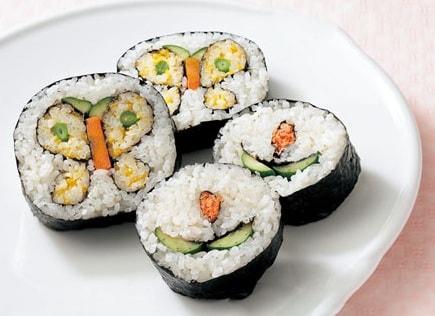 sushi-ekzoticheskoe-blyudo-kotoroe-stoit-poprobovat-3