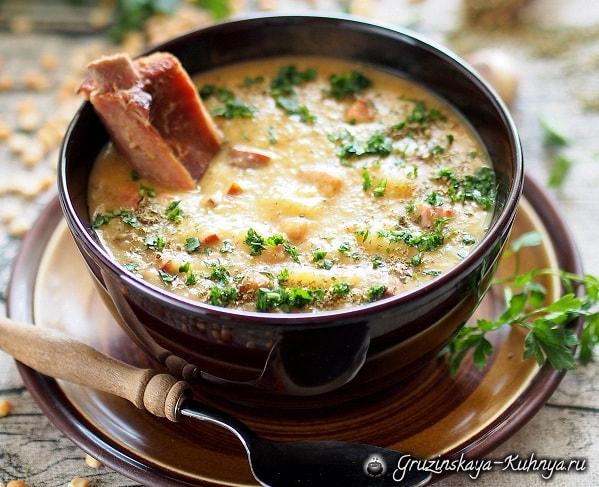 Гороховый суп с копченым беконом (1)