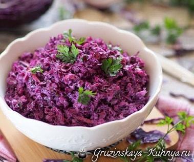 Салат из краснокачанной капусты (2)