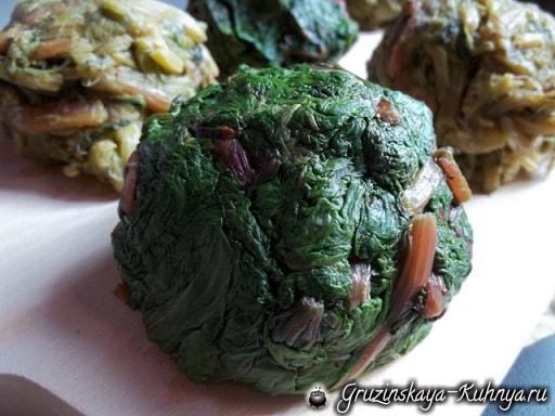 Пхали из свекольных листьев с орехами (1)