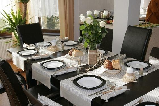 Сервировка праздничного стола (1)