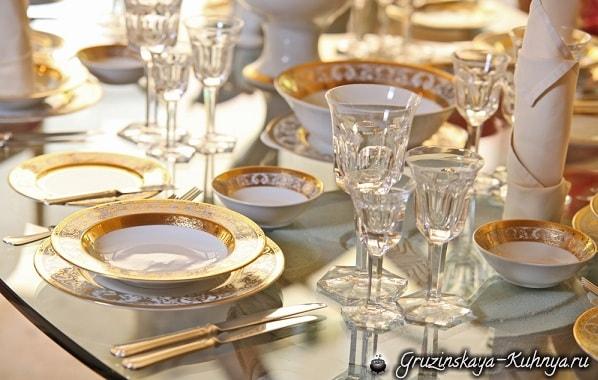 Сервировка праздничного стола (3)