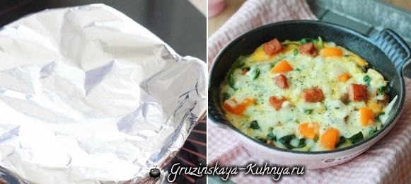 Яичница с беконом, сыром и овощами (5)