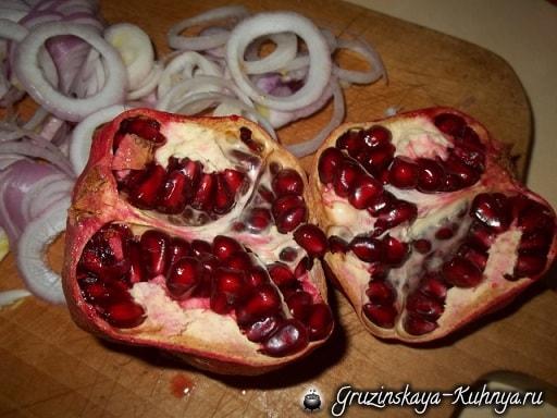 Шашлык из свинины с гранатом и аджикой (9)