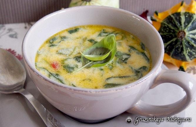 Сливочный куриный суп со шпинатом и сыром (1)