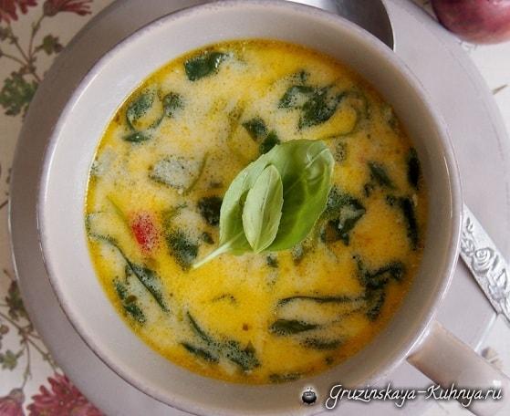 Сливочный куриный суп со шпинатом и сыром (2)