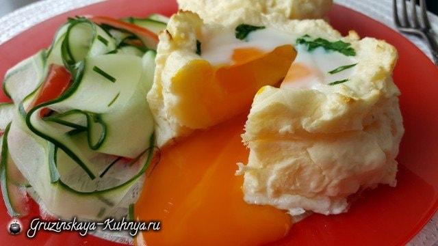 Яйца-пашот в картофельных корзинках (3)