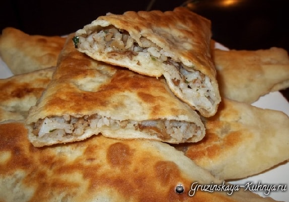 Дрожжевые пирожки с грибами по-грузински (11)